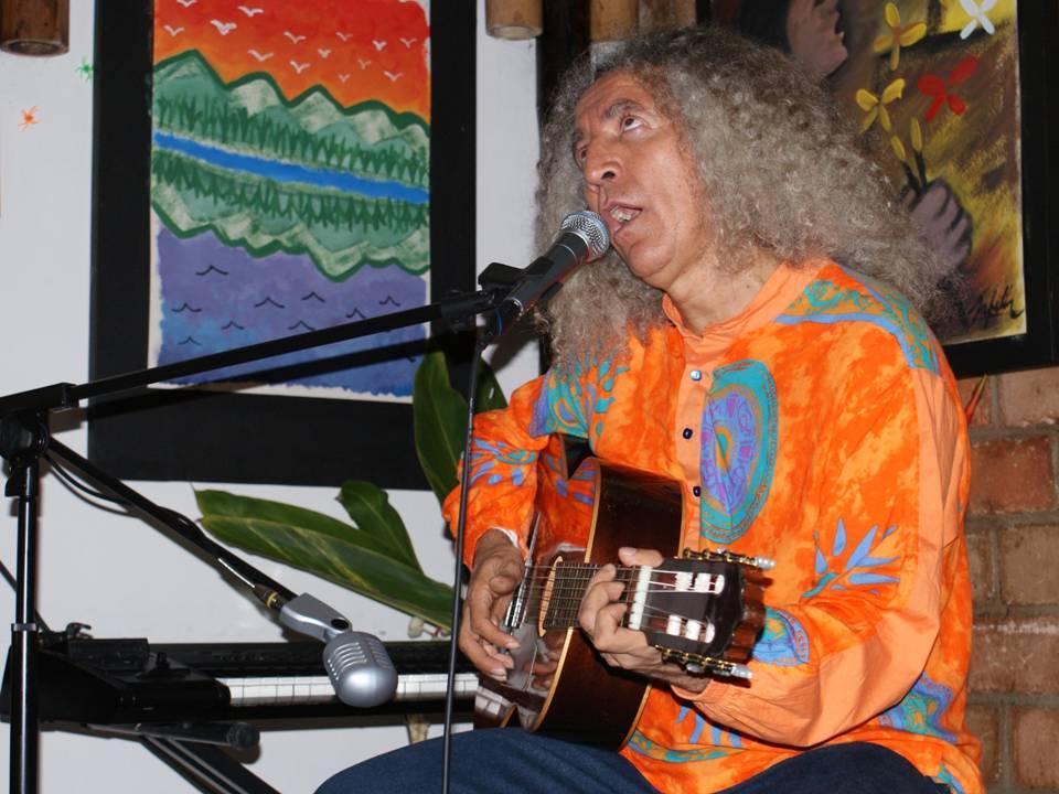 Julian Rodriguez en wipala